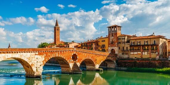 Poznávací zájezd na slavný karneval v Benátkách s ubytováním nebo na otočku, s možností návštěvy Verony, Sirmione a Padovy/Itálie Benátky