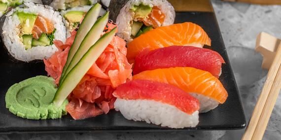 Futo sushi set pre 2 osoby v reštaurácii Hotela Mama's ****/Bratislava – Staré Mesto