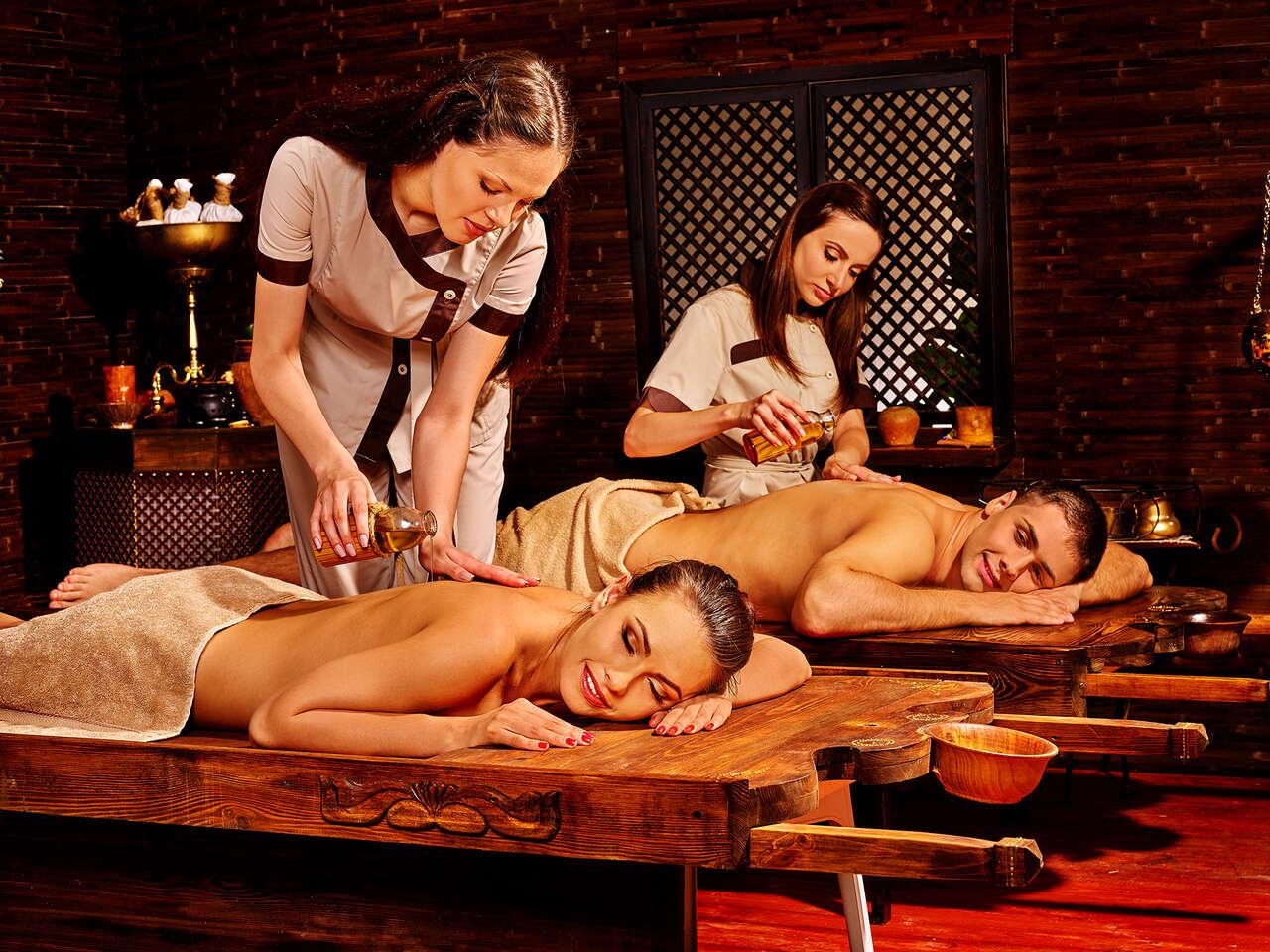 Luxusný ayurvédsky masážny balík pre jednotlivca alebo pár + darček