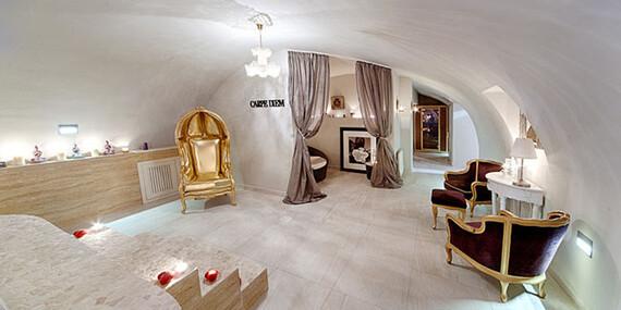 Romantika s privátnym wellness a polpenziou v Chateau Földváry****/Maďarsko - Öttevény