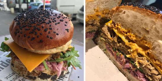 """Žravka Bistro: Žravka burger so sladkou bodkou, so sebou """"take away""""/Bratislava – Staré Mesto"""