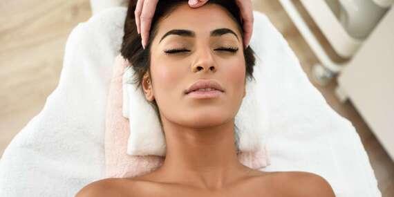 Reflexná terapia chodidiel, antistresová masáž hlavy alebo uvoľnenie karpálneho tunela/Bratislava - Petržalka