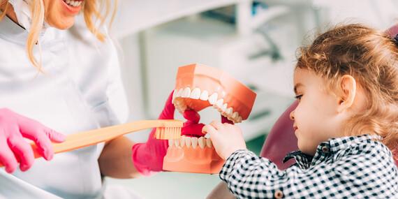 Dentálna hygiena pre deti s inštruktážou pomôcok + detská kefka zadarmo / Bratislava – Staré Mesto