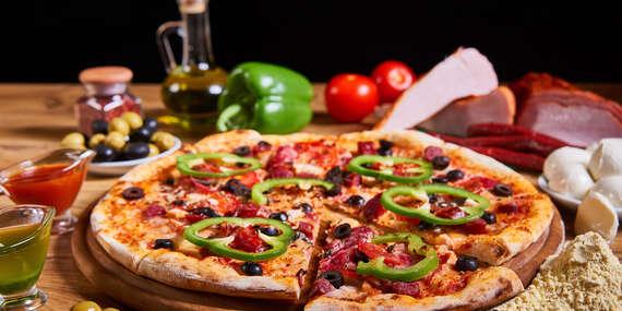 Pizza alebo šalát pre dvoch s dovozom alebo take away v Bratislave/Bratislava – Rača