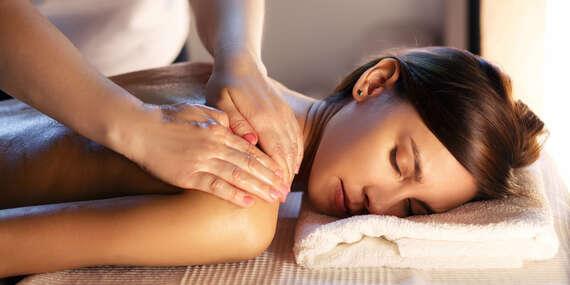 Celotelová masáž alebo klasická masáž od profesionálneho maséra v trvaní 60 alebo 30 minút v ŠNOPe/Bratislava - Ružinov