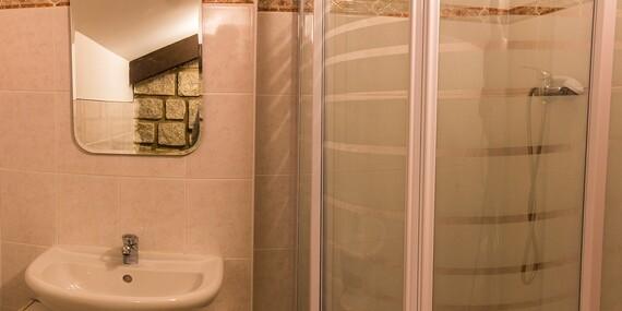 Zimní sezóna v Krkonoších s domácí kuchyní, saunou, vířivkou a ubytováním v Hotelu Vltava pro 2 + 2 děti do 15 let zdarma/Krkonoše - Strážné