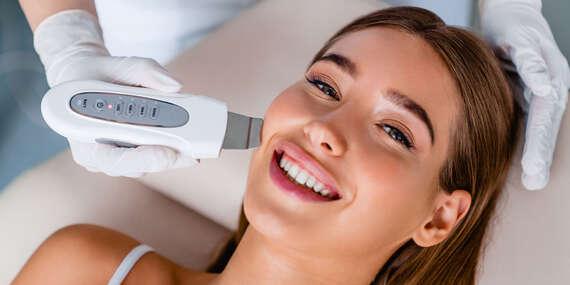 Luxusné antiaging, Balance ošetrenie fytokozmetikou Vagheggi alebo predlžovanie mihalníc/Veľký Lapáš