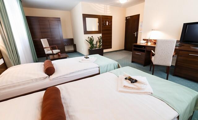 Komfortný pobyt v Grand Hoteli Senica*** blízko pešej zóny, s raňajkami a vstupom do wellness