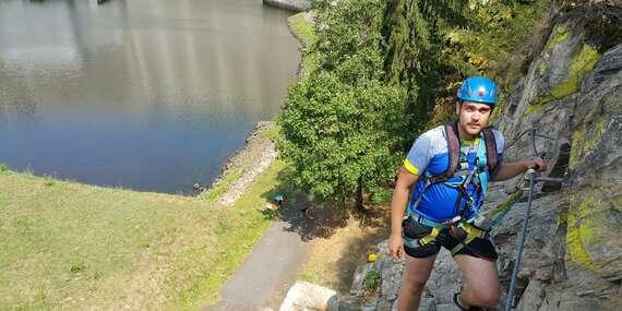 Via ferrata pro zkušené: Lezení s instruktorem po zajištěné cestě vhodné i pro děti / Vír, Vysočina