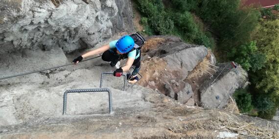 Adrenalinový zážitek Via Ferrata: tříhodinový výstup po zajištěných cestách na Pastýřské stěně v Děčíně s překvapením/Děčín