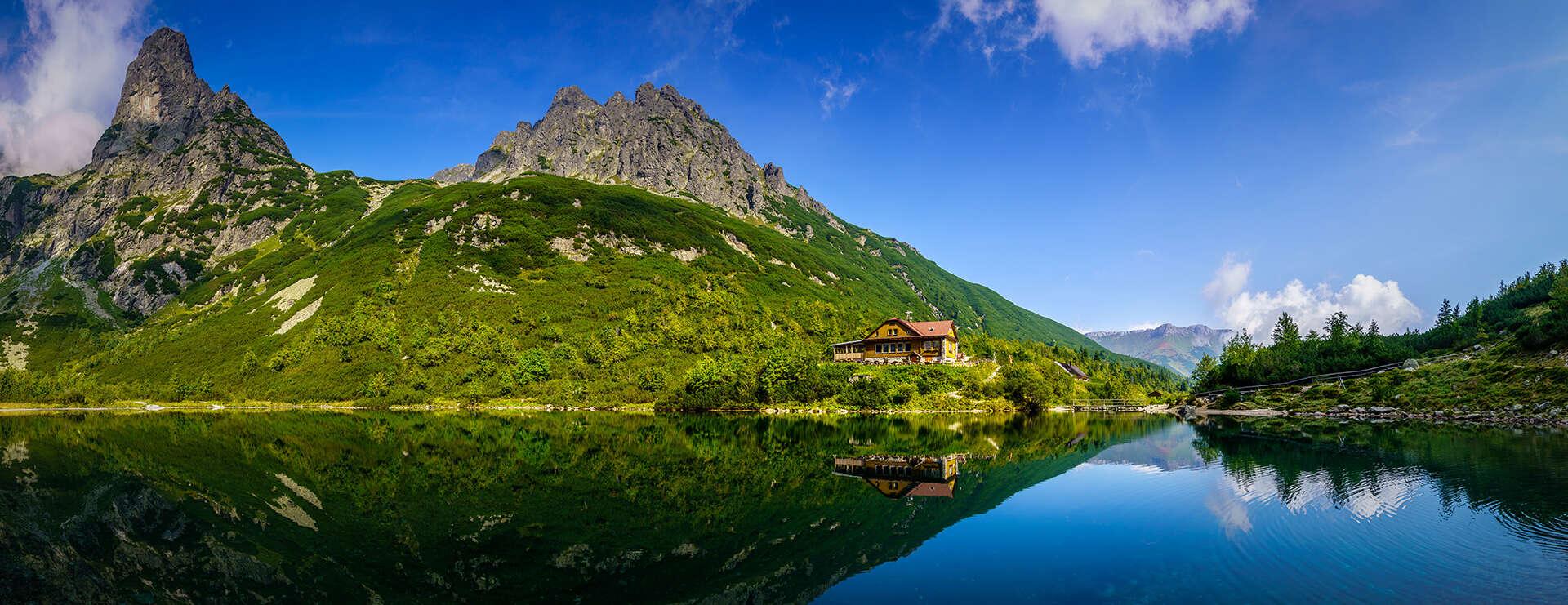 Rodinná dovolenka pod majestátnymi štítmi Tatier s polpenziou a saunou v hoteli Autis***