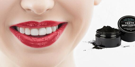 Nová hviezda v kozmetike - aktívne uhlie na prírodné bielenie zubov alebo ako maska na tvár/Slovensko