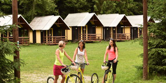 Ubytování v chatkách pro až 4 osoby ve Sport & Relax areál Bozeňov poblíž přehrady a 50% slevou do adrenalin parku/Střední Morava - Dolní Bušínov
