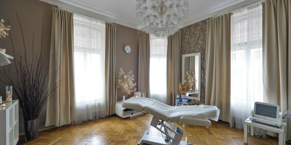 Omlazení pokožky nebo odstranění rozšířených žilek či pigmentových skvrn v estetickém centru Towell s platností až do října 2020/Praha, Brno