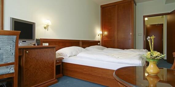 Liečebné procedúry, konzultácia s lekárom, wellness a plná penzia v kúpeľoch Brusno/Brusno
