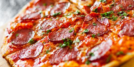Pizza slimáky alebo pizza podľa výberu / Bratislava - Devínska Nová Ves