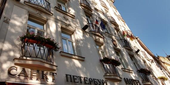 Lázeňské město Karlovy Vary křížem krážem z hotelu Saint Petersburg a s bohatou polopenzí i na Vánoce/Karlovy Vary