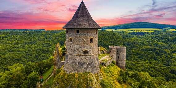 Zážitkový pobyt v Novohrade s návštevou 2 hradov, unikátneho vodopádu, zámku s parkom a minizoo/Slovensko