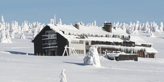 Dovolená v Krkonoších nedaleko Sněžky s polopenzí, saunou ve Dvorské boudě a platností do prosince 2020/Krkonoše - Strážné