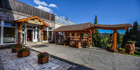 Úžasná dovolenka v chatkách na Muránskej planine s wellness a dieťaťom do 12 rokov v cene pobytu, ideálne pre milovníkov prírody/Muráň - Predná Hora