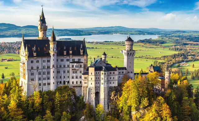 Nádherné bavorské zámky a príbeh kráľa Ludwiga II.