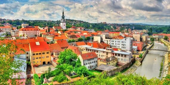 Romantika priamo v historickom centre mesta Třebíč s večerou pri sviečkach a neobmedzeným bazénom/Česko - Vysočina - Třebíč