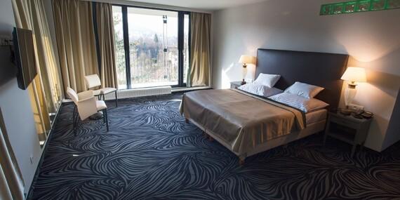 Karlovy Vary v luxusním hotelu Carlsbad Inn**** s privátním wellness a procedurou / Karlovarský kraj - Dalovice