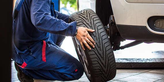 Kompletné prezutie vozidla, prehodenie kolies a uskladnenie pneumatík/Nitra