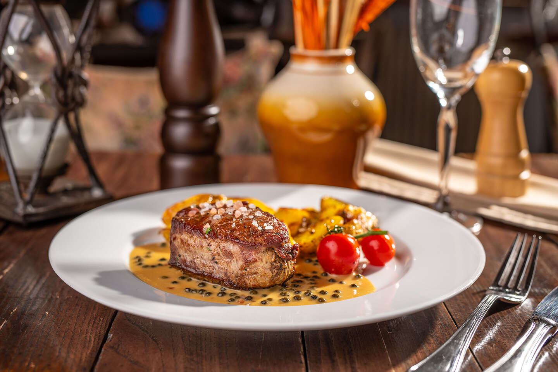 Výborné hovädzie steaky v reštaurácii Modrá Hviezda, na výber 2 druhy