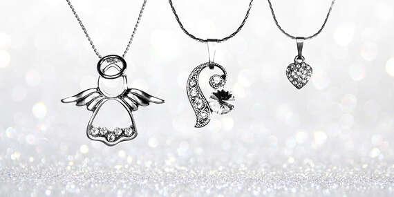 SWAROVSKI šperky alebo elegantné dámske náhrdelníky z ušľachtilej ocele/Slovensko
