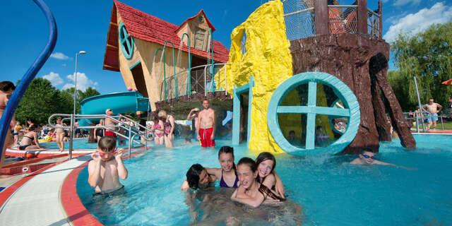 FIRST MINUTE letná dovolenka v známom hoteli Park Inn**** s wellness a 2 deťmi zdarma (Sárvár alebo Zalakaros)