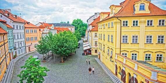 Privátní apartmány na Královské cestě v historickém Domě U Zlaté podkovy s dítětem do 9 let zdarma a platností do prosince 2021/Praha