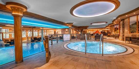 Rodinný pobyt v Aqua Sport Hotel *** s neomezeným vodním a saunovým světem, dětským centrem a stravou / Púchov