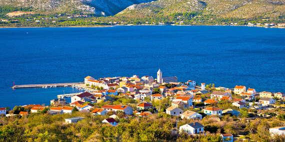 Slnečné Chorvátsko na 8 dní s ubytovaním v luxusnej Ville Starigrad I alebo II len 50 m od mora/Chorvátsko - Paklenica