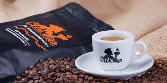 Dokonalá chuť speciální Čertokávy aneb čerstvě pražená káva z Brazílie se slevou na vstup do Pekla Čertovina/ČR