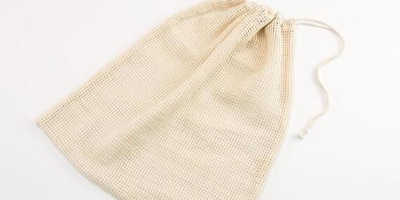 Ekologické tašky z nefarbenej bavlny a obaly z včelieho vosku/Slovensko