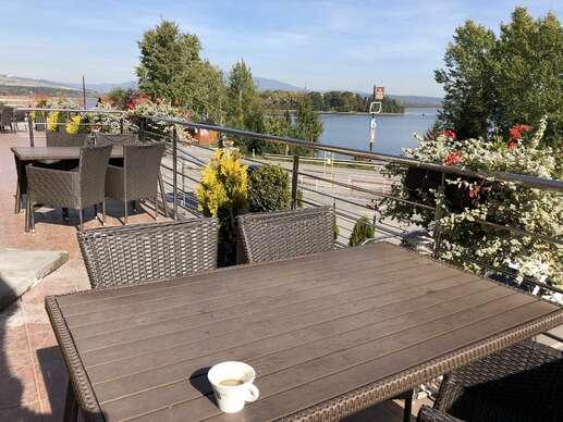 Príjemný pobyt s polpenziou v hoteli Slanica priamo na brehu Oravskej priehrady
