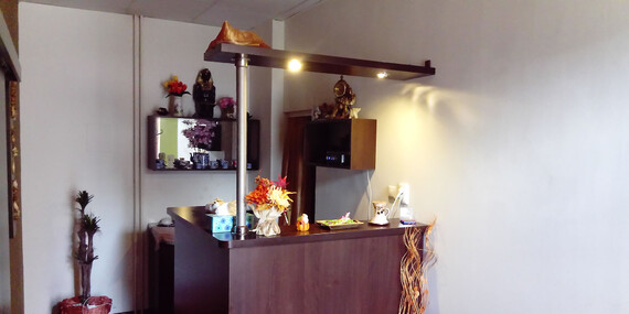 Celotelová thajská a reflexná masáž nôh alebo bylinková masáž/Trnava