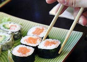 Sushi – áno, či nie? Skúsili smeAkiko azanás je to rozhodne áno