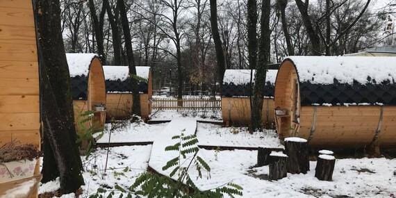 Pobyt ve vyhřívaných dřevěných sudech u lanového parku v Rakousku/Rakousko - Niederoblarn