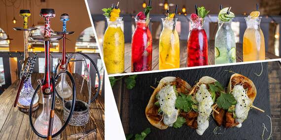 Vodná fajka podávaná v čerstvom ananáse, limonády podľa výberu a tacos taštičky v Le papillon/Bratislava – Staré Mesto