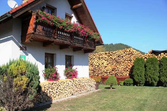 Rodinný domček Bôrka so saunou, ihriskom a exkurziou do včelej farmy + 1 noc zdarma