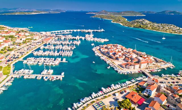 Dovolenka v obľúbenom chorvátskom meste Tribunj až na 7 nocí v apartmáne Sonja