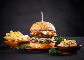 Burger už viac nie je synonymom pre fastfood. Dá sa to aj inak!