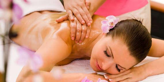 Hluboce uvolňující a smyslná tantra masáž v délce až 120 minut pro muže i ženy v Thani Spa na Praze 8/Praha 8 - Kobylisy