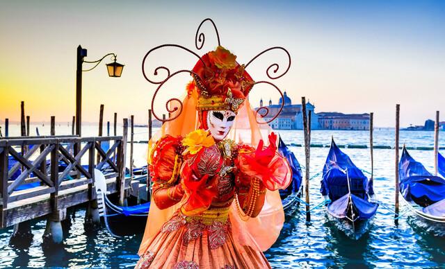 Benátsky karneval a Verona, mesto večnej lásky Rómea aJúlie