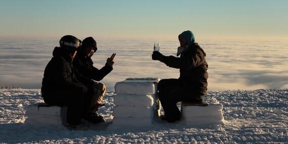 Last minute na hlavní zimní sezonu v Krkonoších nedaleko Sněžky s polopenzí a saunou ve Dvorské boudě za skvělé ceny/Krkonoše - Strážné