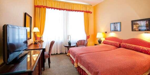 Ozdravný pobyt v hotelu Dvořák Spa & Wellness v Karlových Varech s neomezeným vstupem do wellness, snídaní, lázeňskými procedurami i pitnou kúrou / Karlovy Vary