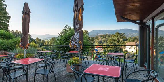 Až 8 dní dokonalého oddychu v hoteli Slunný Dvůr v Jeseníkoch s wellness, polpenziou, krásnym výhľadom a platnosťou do januára 2021/Česko - Jeseník