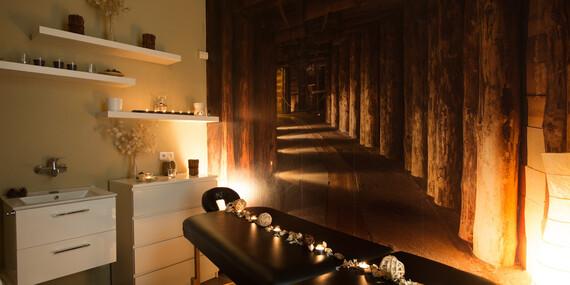 Nechte se hýčkat jako princezna - masáž dle vlastního výběru a kosmetické ošetření pleti na míru s platností až do října 2020/Praha 1, Brno, Plzeň